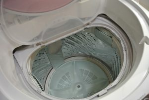 洗濯機の水漏れやつまりの原因は?対処法を解説!