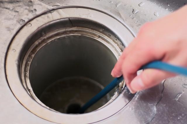 排水管の水漏れ修理方法と費用相場!