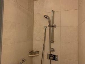 DIYで対応できる部分も!シャワーの水漏れはこう直す